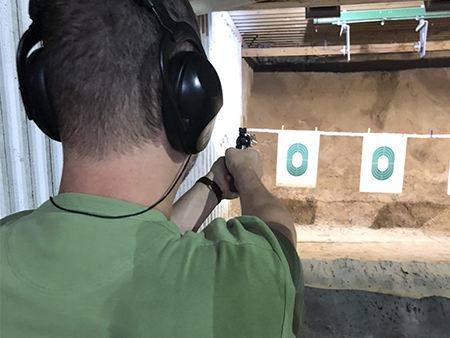 Weiterbildung mit Schusswaffen